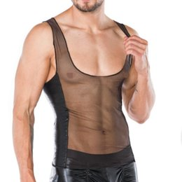 Chemises sexy en filet en Ligne-Sexy Hommes Transparent Patchwork Maille PU Faux Cuir T-Shirt Punk Brillant Cool Hommes Plus La Taille Gay Fun Net Tops Tops Porter