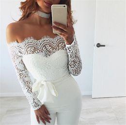 Плюс размер комбинезоны рукава онлайн-Женщины Сексуальная с плеча с длинным рукавом сетки брюки комбинезоны белое кружево комбинезон Комбинезон черный плюс размер S-XL