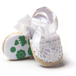 Wholesale wholesale woven fabric - Baby Girls Sandals 3 Colors with Bow Infant Newborn Soft Sole Woven Upper Cartoon Printed Baby Walking Shoes 0-18M