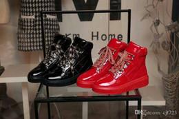 2019 lacer des bottes de moto En gros PU femmes bottes de moto lace up talon bottines, bottes de moto en cuir, bottes de travail femme chaussures couleur noir taille 35-40 lacer des bottes de moto pas cher