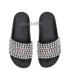 Wholesale Crystal Slip - 2018 mens and womens fashion crystal-embellished leather and rubber slide sandals summer outdoor beach flat flip flops adults slippers