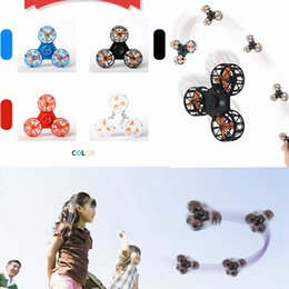 Wholesale Plastic Spinning Tops - 4 Colors Flying Fidget Spinner Mini Rechargeable Automatic Rotatable Flying Finger Spinner Anxiety Stress Release Toy Spinning Top AAA228