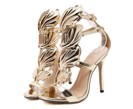 2019 talon aile feuille d'or Summer Women High Heels Gold Leaves Leaves Découpes Stiletto Sandales Gladiator Flame Party High Heel Sandal Chaussures Femme promotion talon aile feuille d'or