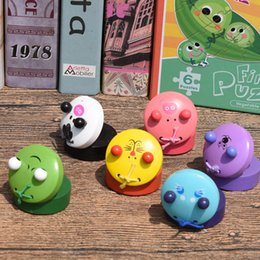 Wholesale Plastic Toy Frogs - Cartoon Round Dance Board Musical Instrument Creative Cute Frog Wooden Castanet Children Gift Many Styles 2 94mf C R