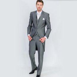 Wholesale tailcoat grey - 2018 Perfect Male Suits Peaked Lapel one Button Fashion grey men Suit Groomsman tailcoat Wedding men Suits (Jacket+Pants+vest)
