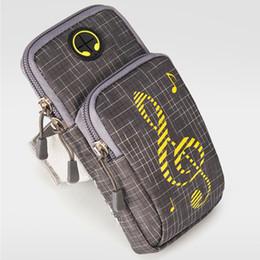 Sacchetto del trasduttore auricolare online-Sport universale con foro per auricolare Durable Arm Bag Sweatproof Running Waterproof Holder Cellulare a portata di mano Fitness Gym