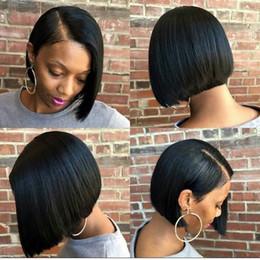 Cortes de pelo cortos para mujeres negras online-Pelucas cortas del pelo humano del frente del cordón de Bob para las mujeres Color negro Corte de pelo del duendecillo Remy Peluca brasileña del cordón con flequillo Francés