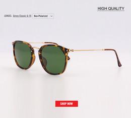 aa2ff2f1b7 Nuevo 2019 Moda Mujer gafas de sol cuadradas Diseñador de la marca  gradiente flash espejo Gafas de sol Sombras de alta calidad Oculos 2448  gafas al por ...