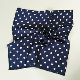 перья шарф белый Скидка PULATU Классического Dot шарф для женщин головной повязки Silk-как Cachecol женской сумки украшения шифон