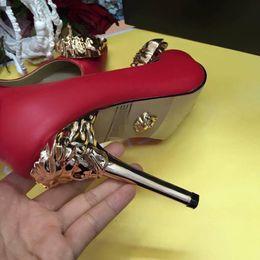 Medusa nuovissime scarpe sexy donna estate fibbia cinturino rivetto sandali scarpe col tacco alto scarpe da punta moda scarpe da sposa singolo tacco alto10cm da immagini della signora nude fornitori