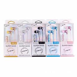 Наушники-наушники 3,5 мм с микрофоном Super Bass Earbuds Проводные спортивные наушники для Android-смартфонов с коробкой от Поставщики супер басовые наушники