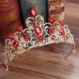 2019 coroa vermelha para a noiva KMVEXO Vermelho Verde De Cristal Do Casamento Crown Queen Tiara Noiva Coroa Headband Acessórios De Noiva Diadema Mariage Cabelo Jóias Ornamentos desconto coroa vermelha para a noiva
