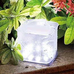 cuadrados inflables Rebajas Cubique la lámpara inflable de la linterna del LED con la lámpara cuadrada plegable portable al aire libre impermeable de la luz que acampa del panel solar