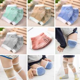 Bebê respirável Crianças sólidos esponja de malha Joelheiras cotoveleiras Protector aquecedores proteger os joelhos durante o rastreamento livre de arranhões de Fornecedores de slip de renda de nylon