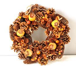 2020 grinaldas de ação de graças Grinalda porta do Natal Natureza Pine Cones Grinalda do outono para o casamento da colheita Thanksgiving Day Decorações Home guirnalda Navidad desconto grinaldas de ação de graças