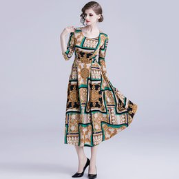 Vestiti sexy di fascia alta del vestito da abbigliamento dei vestiti sexy delle donne per i vestiti della signora della grande vita della stampa del collo rotondo di signora Fashion Designer da