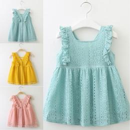 lotus federn baby kleidung Rabatt Baby Mädchen Sommer Frühling Kleid Spitze Prinzessin Kleid Lotus Leaf Edge Button Kleid Kinder Boutiquen Kleidung