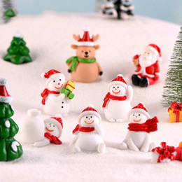 christmas tree snows Coupons - Christmas Miniature Figurines Snowman Santas Deer Xmas Tree Snow Landscape Bonsai Decoration Resin Craft Gift Fairy Garden Accessory