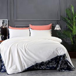 Cama de la reina de color naranja marrón online-Juego de ropa de cama de color marrón café marrón anaranjado sólido, algodón egipcio Tributo, tamaño de la reina Funda nórdica tamaño queen Juego de sábanas para cama 36