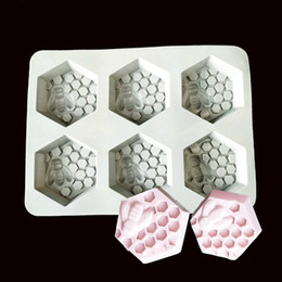 handmade cake flowers Promo Codes - Soap Mold Silicone Oval baking Tool flower Handmade Honeycomb Pattern Soap Making Mould Tray 6 Cavity Big