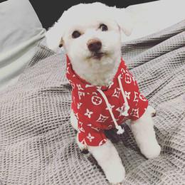 Welpen kapuzenpullis online-Teddy Puppy Pet Hoodies Niedliche Schnauzer Kleine Hundebekleidung Baumwolle Atmungsaktiv Weiches Haustier Kleidung Flut Marke Pet Supplies