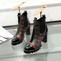 2019 Buscar similares Star Trail Botines de tacón alto Zapatos de tacón alto Botines Botas de cuero con parches Botas de tacón alto de marca desde fabricantes