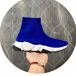 olivgrüne flache schuhe Rabatt 2020 heiße Männer Trainer-Designer-Schuhe beiläufige Art und Weise Wohnungen Socken Stiefel Triple Black Grün Wohnung Luxusmode-Socken-Boot-Designer-Turnschuhe