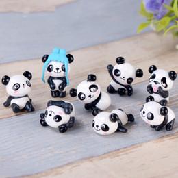 8 Estilos Panda Dos Desenhos Animados Boneca Ornamento Pingente Estatuetas Em Miniatura Acessório Fada Decoração Do Jardim Musgo Micro Material de Paisagem DIY Zakka de