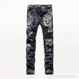 2019 männer bestickte jeans 2018 Mode sticken Männer Used-Look zerrissene dünne Jeans-Designer Mens lange Jeans-dünne Mens-Denim-Hosen Hip Hop-Mann-Jeans Schwarz günstig männer bestickte jeans