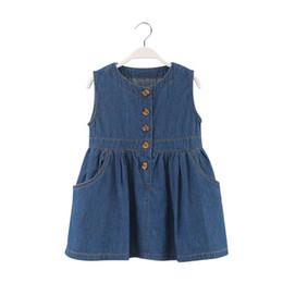 Material meninas roupas on-line-Meninas ocidentais boutique roupas sem mangas verão meninas vestido jeans material bebê meninas roupas com botão e bolso
