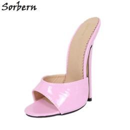 Tacchi alti rosa da 18cm online-Sorbern Shiny Red Slippers Women 18Cm Stilettos Crossdresser Slides Sexy Fetish Tacco alto Colori personalizzati Open Toe Scarpe Estate