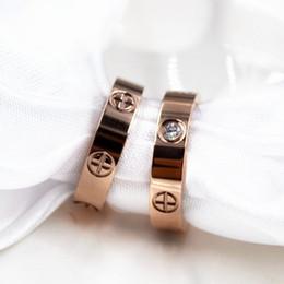 2019 оптовые кольца стерлингового серебра Европейская и американская мода любовь Циркон кольцо модели винт титана стальное кольцо пара розовое золото женские любовные кольца с бархатной сумкой