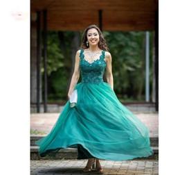 2019 vestidos de graduación verde esmeralda Emerald Green Tulle Prom Dresses 2019 Sweetheart Appliques Beaded Impresionantes vestidos de noche Una línea sin respaldo Graduación vestido de fiesta rebajas vestidos de graduación verde esmeralda