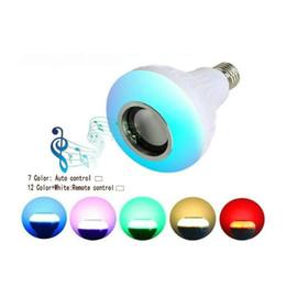 Bombilla de luz inteligente bluetooth online-Lámpara LED Altavoz Bluetooth Inalámbrico + 12W RGB Bombilla 110V 220V Smart Led Light Reproductor de música Audio con control remoto Altavoz 1pc
