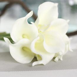 Fleurs artificielles pas cher PU Calla Lily pour la décoration maison Fournitures de fête de mariage Bouquet de mariée Fleurs artificielles ? partir de fabricateur