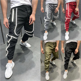 Harem joggers pantaloni online-Autumn Men Oversized XXL Hip hop Harem Joggers Pants Male Multi-Pocket Reflective Striped Dance Sweatpants Trousers Streetwear