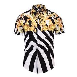 3e92ccaee True Reveler Hombre Camisas de manga corta Clásico Negro Blanco Color Blusa  de la raya Geométrica Estampado de flores de oro Summer Club Tops blusa de  rayas ...
