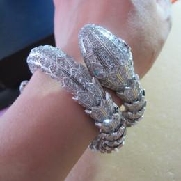 2019 collana di ambra nera Nuovo design di alta qualità cz diamante pavimentato serpente animale doppio polsino braccialetto bangle 18k placcato oro bianco gioielli punk per le donne