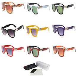 verschreibungspflichtige brillengläser Rabatt Kunststoff Sonnenbrille Platz Klassischen Stil Männer Frauen Designer Brillen Dunkelgrau Objektiv Athletisch Radfahren Eyewear 2157