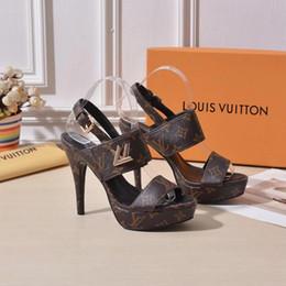 Altura do salto 12 cm moda feminina sandálias de salto alto partido verão fivela sapatos de casamento sexy cor Sólida sandálias de Salto Alto de Fornecedores de tornozelo de qualidade