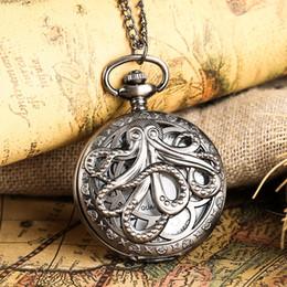 Retrò in lega di bronzo orologio a catena sottile Orologi chic a forma di cavità in polipropilene con quarzo con grandi quadrante bianco per gli uomini da