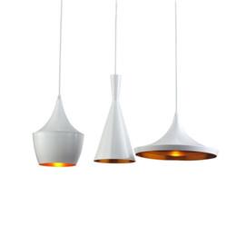 Luces colgantes de aluminio individuales online-Moderno Novedad de aluminio Lámpara con forma geométrica Colgante de una sola luz Colgante Accesorio de iluminación Restaurante Bar Café Comedor en blanco