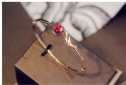 brazaletes de rubí de oro Rebajas nuevo acero de titanio pulsera de rubíes zorro de la manera creativa brazalete color de rosa diseñador de joyas pulsera de lujo de las mujeres de acero de titanio de oro con la caja