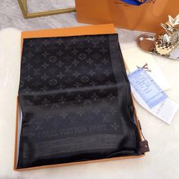 flores negras artificiales Rebajas M73768 alta calidad del diseño de la celebridad impresión de la letra de lana de cachemira de algodón de seda de la bufanda del mantón del abrigo Flores largo bufandas 180 * 70cm negro
