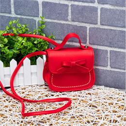 2019 sacchetto del passaporto di corsa all'ingrosso 2019 vendita calda bambini borsa portafogli per bambini carino pu moda solido per bambini borsa moneta sacchetto del bambino del raccoglitore dei soldi del regalo del capretto