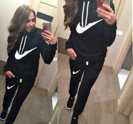 2019 grossistes en vêtements de sport 2019 nouvelle arrivée femmes active survêtements ensemble Sweats à capuche + pantalon de sport en cours d'exécution mis à manches longues et pantalons livraison gratuite