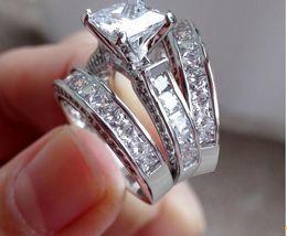 conjuntos de anillo de diamante nscd Rebajas Lady 925 Sterling Silver Princess-cut Diamante simulado CZ Piedra pavimentada 2 Conjuntos de anillos de boda Conjunto de joyas para mujeres Tamaño 6 - 11
