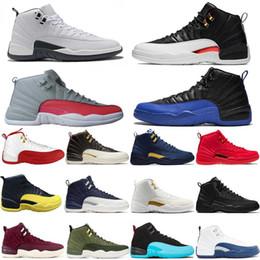 Nuevos zapatos de estilo para hombre online-Nuevo estilo de juego de taxi inverso Royal 12 12s Zapatillas de baloncesto FIBA Bumblebee GS CNY Michigan Blanco Gris Gimnasio Rojo Hombres Zapatillas de deporte Diseñador Zapatilla de deporte
