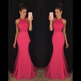 2018 Barato Árabe Fucsia Vestidos de Baile Halter Pescoço Sem Mangas Rendas Sereia Até O Chão Vestidos Chiffon Personalizado Dubai Evening Partido Vestidos de Fornecedores de vestidos de noite barato fúcsia