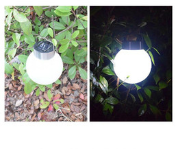 lampadari sferici Sconti Lampade da giardino decorative a sospensione con illuminazione solare esterna Lampade da giardino decorative a sospensione con luce solare